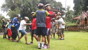 Bali Amazing Race Ubud Camp Full Day – Cycling & Rafting 03