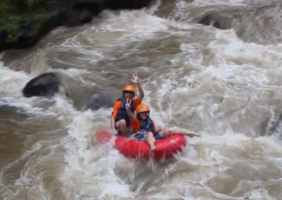 Tubing di Bali Sungai Ayung Bogasari Surabaya 04