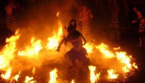 Object Wisata di Ubud Sahadewa Kecak Dance
